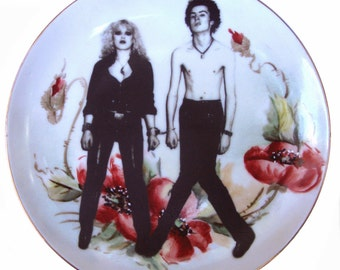 """Sid and Nancy Portrait Plate - Altered Vintage Plate 6.65"""""""
