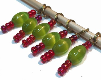 Watermelon Stitch Markers - Green and Pink Beaded Stitch Markers - Knitting Stitch Markers - Knitting Supply - R5 - Set of 6