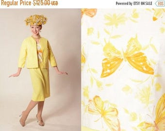 HALF PRICE SALE Vintage 1960s Yellow Suit - Butterfly Spring Fashions - Extra Small Xs