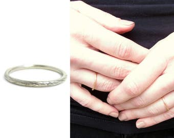 Willow Branch Platinum Wedding Band | thin platinum wedding band | platinum wedding band woman | branch ring | size 4 ring | platinum band