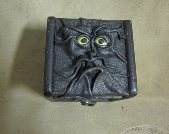 """Grichels leather and wooden trinket box - """"Mestoom"""" 29508 - bronze with yellow fish eyes"""