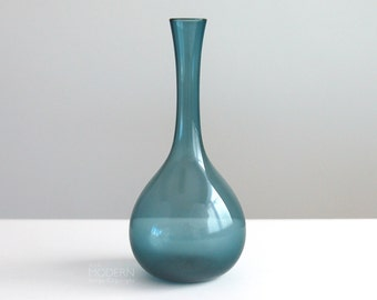 Gullaskruf Arthur Percy Swedish Steel Blue Small Glass Vase