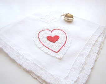 Vintage Ladies Handkerchief from AllieEtCie