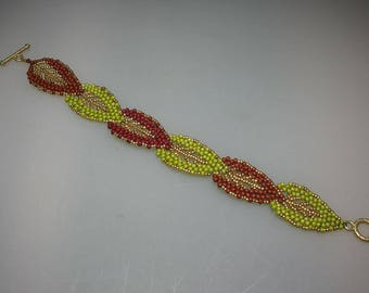 Russian Leaf Bracelet in Japanese Glass Seed Beads