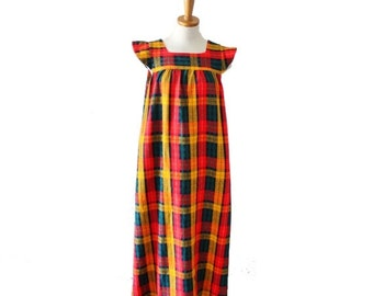 sale // Vintage 70s Mod Plaid Full Length Dress // Women Medium // autumn, fall festival