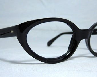 Vintage Cat Eye Glasses. Cute Black Oval CatEye Frames.