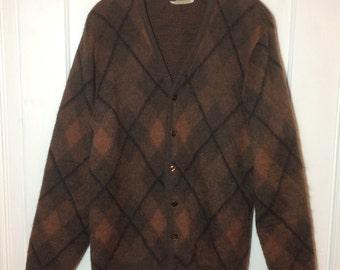 1960's Mohair Cardigan Sweater looks size Medium Brown Black Argyle fuzzy Robert Bruce Fleeceaire rockabilly grunge