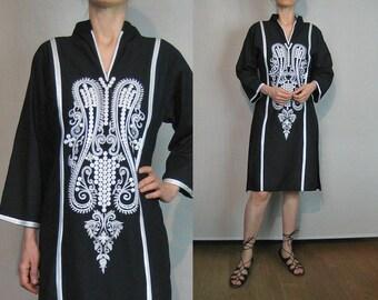 70s Embroidered Cotton Ethnic Kaftan Dress / Black n White Embroidered Caftan / 1970s Heavily Embroidered Pakistani Dress