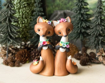 Red Fox Brides - Fox Wedding Cake Topper by Bonjour Poupette