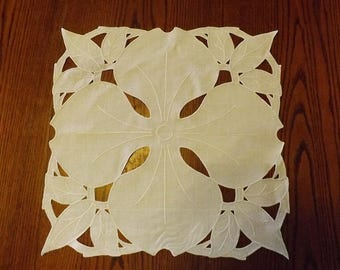 Vintage Ivory Linen Embroidered Cutwork Doily
