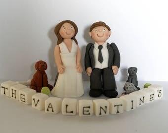 Handmade Edible Wedding Bride Groom Sitting Personalised Cake Topper Decoration