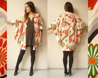 1960's Vintage Japanese Novelty Floral Kimono Robe Duster Jacket Size XS