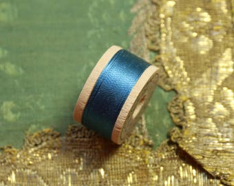 1 vintage pure silk buttonhole twist shade 6477 thread spool  rich blue shade 10 yards size D belding corticelli