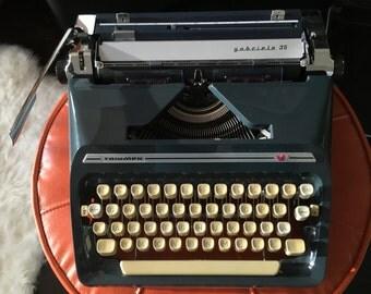 Triumph Gabriele 35  Blue vintage portable typewriter with Case