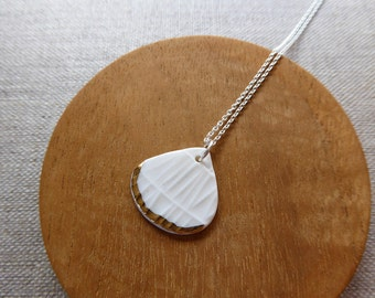 Ami Weave Rain Drop Necklace