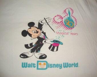Vintage 80's Walt Disney World 20 Years Mickey Mouse  Cartoon T Shirt Adult size XL