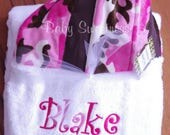 Pink Camo Hooded Towel - Monogrammed towel for Baby Toddler - Personalized Baby Shower Gift - Girl Hunter Gift - Baby Toddler Hooded Towel