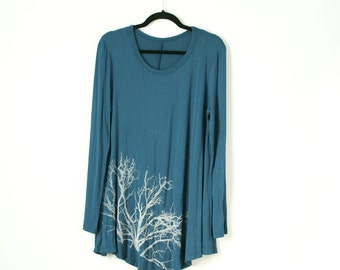 xl sky blue tunic hand dyed and printed with tree