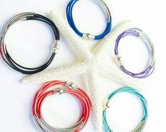 Leather and silver tube bracelet, magnetic clasp