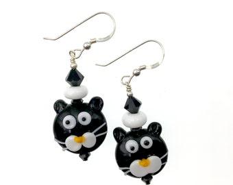 Cat Lampwork Earrings, Unique Dangle Earrings, Black White Kitty Beadwork Earrings, Glass Bead Jewelry, Glass Bead Earrings Lampwork Jewelry