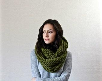 End of season SALE Chunky Infinity Scarf, Textured Cowl, Shawl Hooded wool scarf // Le Fleur - CILANTRO