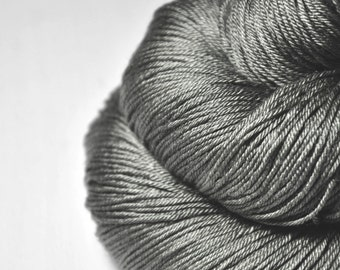 Bad manners -  Merino/Silk Fingering Yarn Superwash