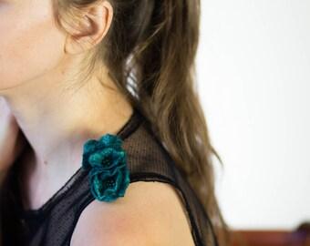 Felt Flowers Brooch, Womens Jewelry, Floral Jewelry, aquamarine brooch, poppy jewelry, strap jewelry. sea green brooch, dark green flowers