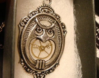 Victorian Style Owl Steampunk Pendant Necklace (2220)