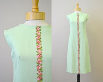 1960s Mint Green Sheath Dress