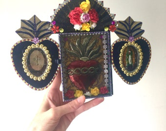 Mexican tin metal nicho shrine shadowbox with tin sacred heart/ Mexican folk art / rustic vintage  / wedding gift / guadalupe metallic