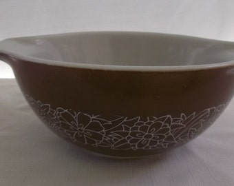 Vintage Pyrex Mixing Bowl, Brown Woodland Cinderella Mixing Bowl, 442, 1 1/2 Quart