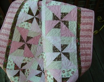 Pink Baby Quilt, Quilted Baby Blanket, Toddler Quilt, Nursery Throw, Baby Shower Gift, Quiltsy Handmade