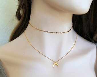 Dainty Gold Luna Moon Necklace. 14k Gold filled Crescent Moon, Horn Delicate Choker. Layering Simple Everyday Minimalist. Bridesmaid Gift