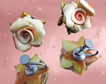 Flower Screwback Earrings - 40s Screwbacks - Rose Earrings - Celluloid Roses - Small Rose Earrings - Vintage Celluloid Earrings in Gift Box