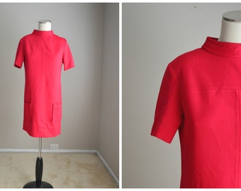 vintage 60s 70s fuschia pink shift dress-- womens small/med