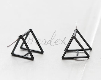 2 Pieces / Matte Black Plated / Brass Base / Earring Post / Earring Component / Earring Finding / Triangle (C3411//K623A)