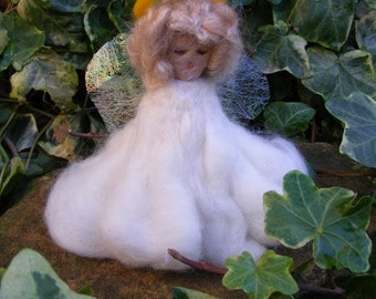 Needlefelted Angel with Sparkling Wings and Flowing Skirts - Waldorf Style for Christmas Decoration, Ornament or Nativity