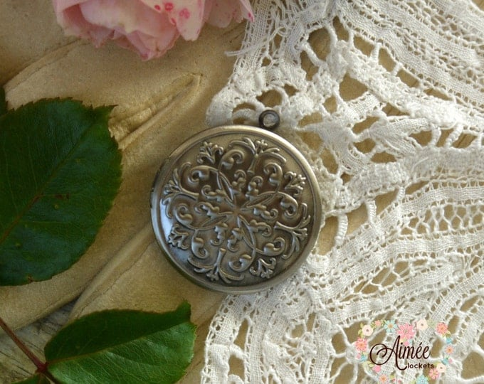 victorian scrollwork locket, round locket, retro locket, vintage locket, brass locket, antique silver locket, photo locket, memory locket