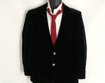 Mens Fall & Winter Blazer. vintage 80s 90s Black Velvet Sportcoat. Horse Buttons. Jockey Jacket. Gift for Him. Gift for Husband. size 40 S M