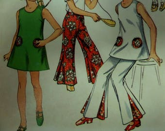 BELL-LEG PANTS Pattern • Simplicity 8767 • Girls 14 • Sundress Pattern • Mod Pants • Sewing Patterns • Childrens Patterns • WhiletheCatNaps