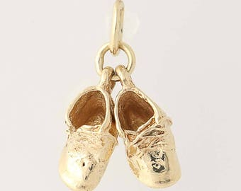 Baby Shoes Charm - 14k Yellow Gold Mother's Keepsake Gift Infant N8712