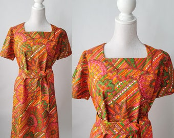 Vintage 1960s Cotton Colorful Dress with Tie Belt, Large Size