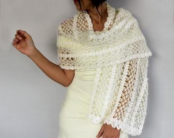 Bridal Winter Shawl Cozy Shoulder Stole Bridesmaids Wrap Gift, Romantic Classic Wedding Dress Cover-up Accessory, White Warm Crochet Cape