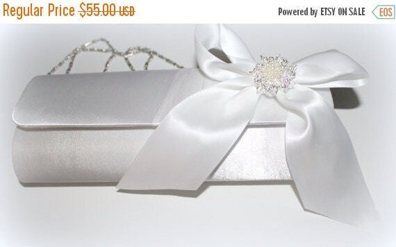 Soft White Bridal Clutch/Wedding Purse/Wedding Clutch/White Satin Clutch/Bridal Handbag/Formal Clutch Bag/Rhinestone Clutch/Satin Bow Clutc