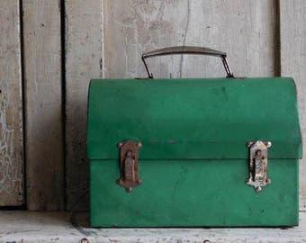 Vintage Green Metal Lunchbox Pail