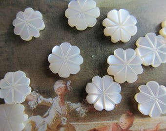 10 Vintage Mother Of Pearl  Flowers