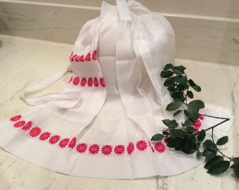 Vintage 1950's Original Julia Sheer White with Red Flowers Vintage Apron, Vintage Apron, Vintage  Housewife