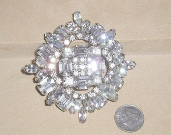 Vintage Large  Brooch With Clear Crystal Rhinestones 1940's Jewelry 2191