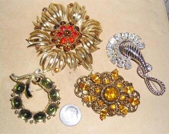 Nice Group Lot of Rhinestone 4 Brooch Pins 1940's-60's Jewelry Lot 7070