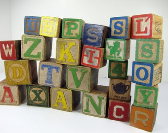 Vintage WOOD BLOCKS Childs Toy ALPHABET Set/25 Block ABCs Pictures Assorted Sizes